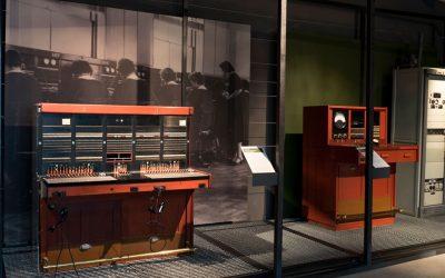 EXPOSICIÓN HISTORIA DE LAS TELECOMUNICACIONES