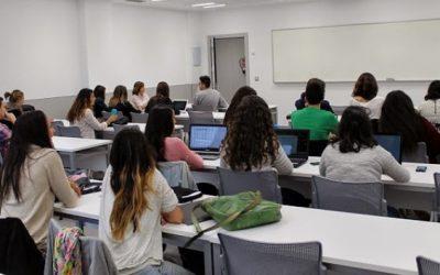 ¿Quieres estudiar en Asia, Oceanía, Estados Unidos…? Estas becas te ayudan a hacerlo