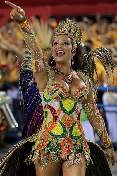 El Carnaval de Rio de Janeiro, Historia y Celebracion Garantizada