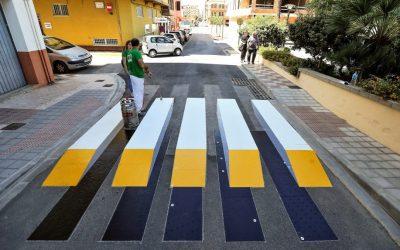 Así fue  el primer paso de peatones 3D que se instala en España