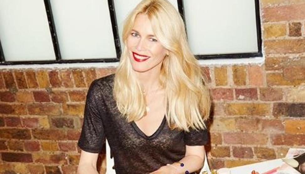 Vuelve la mejor 'top model' de los 90: el impresionante desnudo de Claudia Schiffer