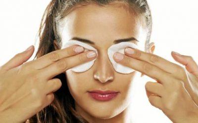El infalible truco para quitar la hinchazón de los ojos: Sólo necesitas leche