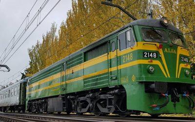 Viaja al Madrid de Felipe II en un tren de los años 40
