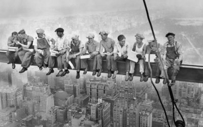 ¿Sabías que en esta famosa foto del rascacielos Rockefeller Center de Nueva York estaba un español?
