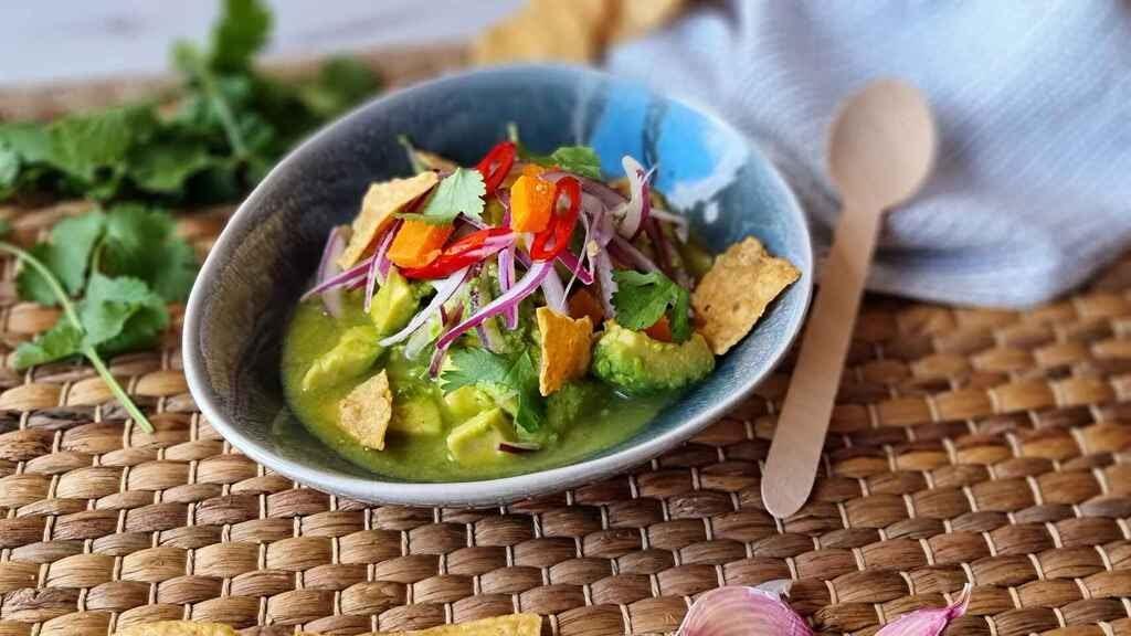 Ceviche de aguacate, una receta peruana muy fácil y ligera