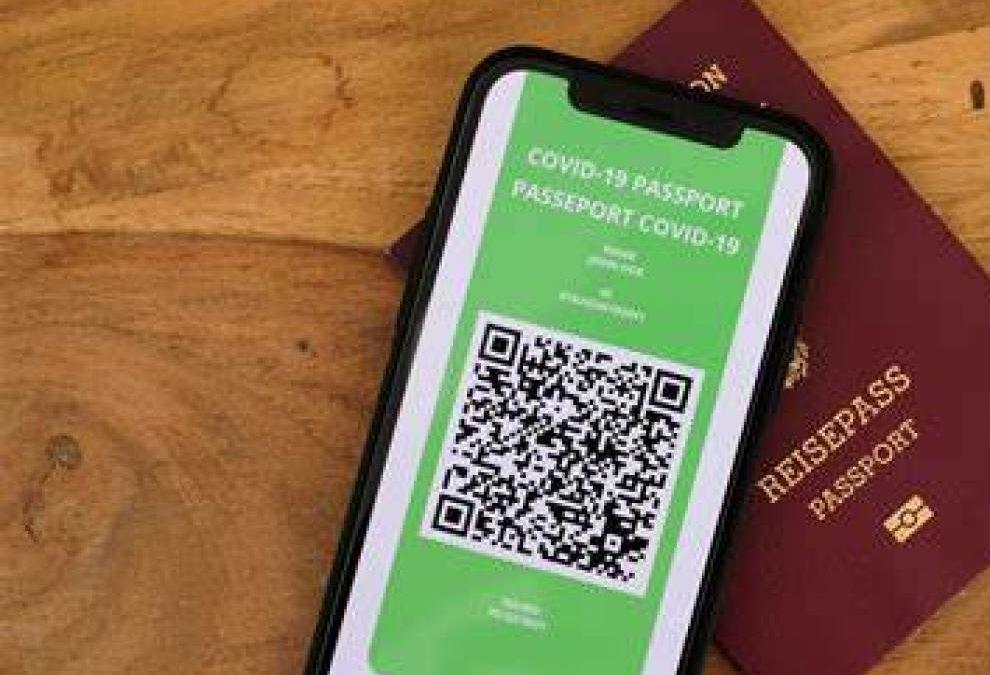 El Certificado Digital Covid ya funciona en España: así puedes pedirlo en cada Comunidad Autónoma