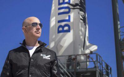 El fundador de Amazon Jeff Bezos viaja al espacio con su hermano:  ver el despegue en directo